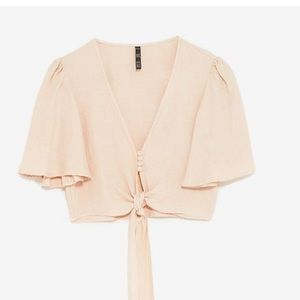 Zara rustic top with knot